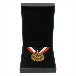 CL-5EPR_Flat-black_with_medal-Copy1