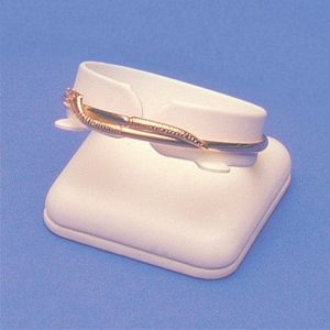 LBP-Leatherette_Bangle_Display