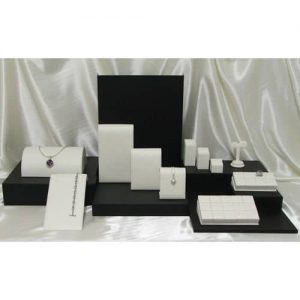 Set_5_Ice_Grip_leatherette_acrylic_window_display_set1